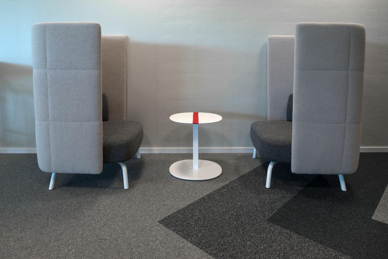 Helt nya Fujitsu Kista | Projects | Lammhults CL-85