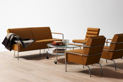 Lammhults-Cinema Sofa-Cinema Easy chair-Chicago table.jpg
